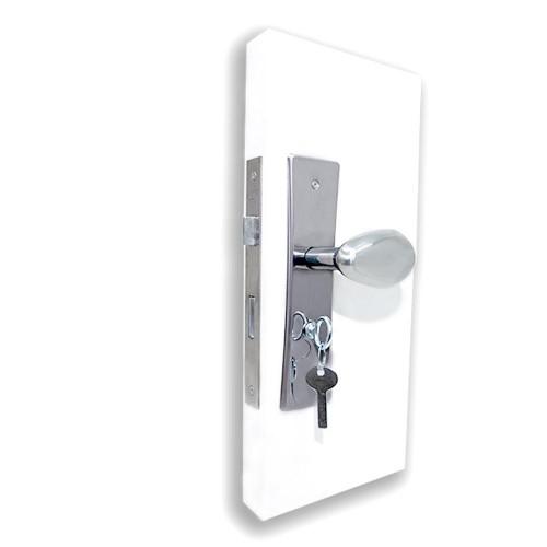 Fechadura Banheiro com Maçaneta Taco de Golfe 31 e Espelho Rover - Inox